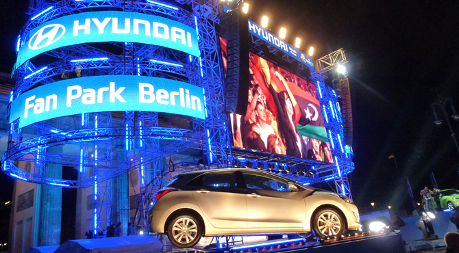 Live match broadcast sponsored by Hyundai