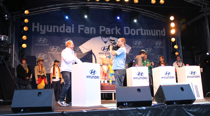 Stage engagement program at Hyundai Fan Park Dortmund