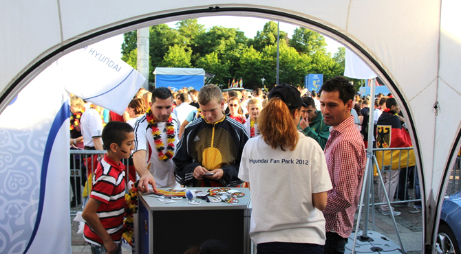Engaging fans at Hyundai Fan Park Dortmund
