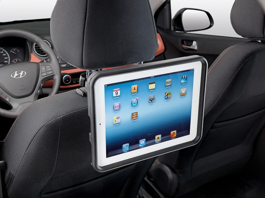 17 iONiQ Plugin (2018)Стойка за iPad, задна седалка